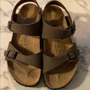 Bikenstock Sandals Size 7: Brown